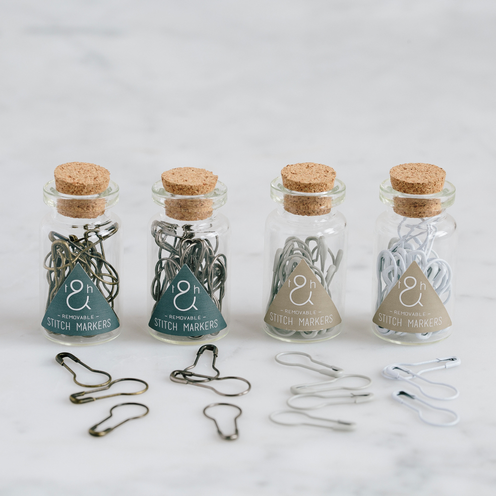 REMOVABLE STITCH MARKERS - Twig and Horn