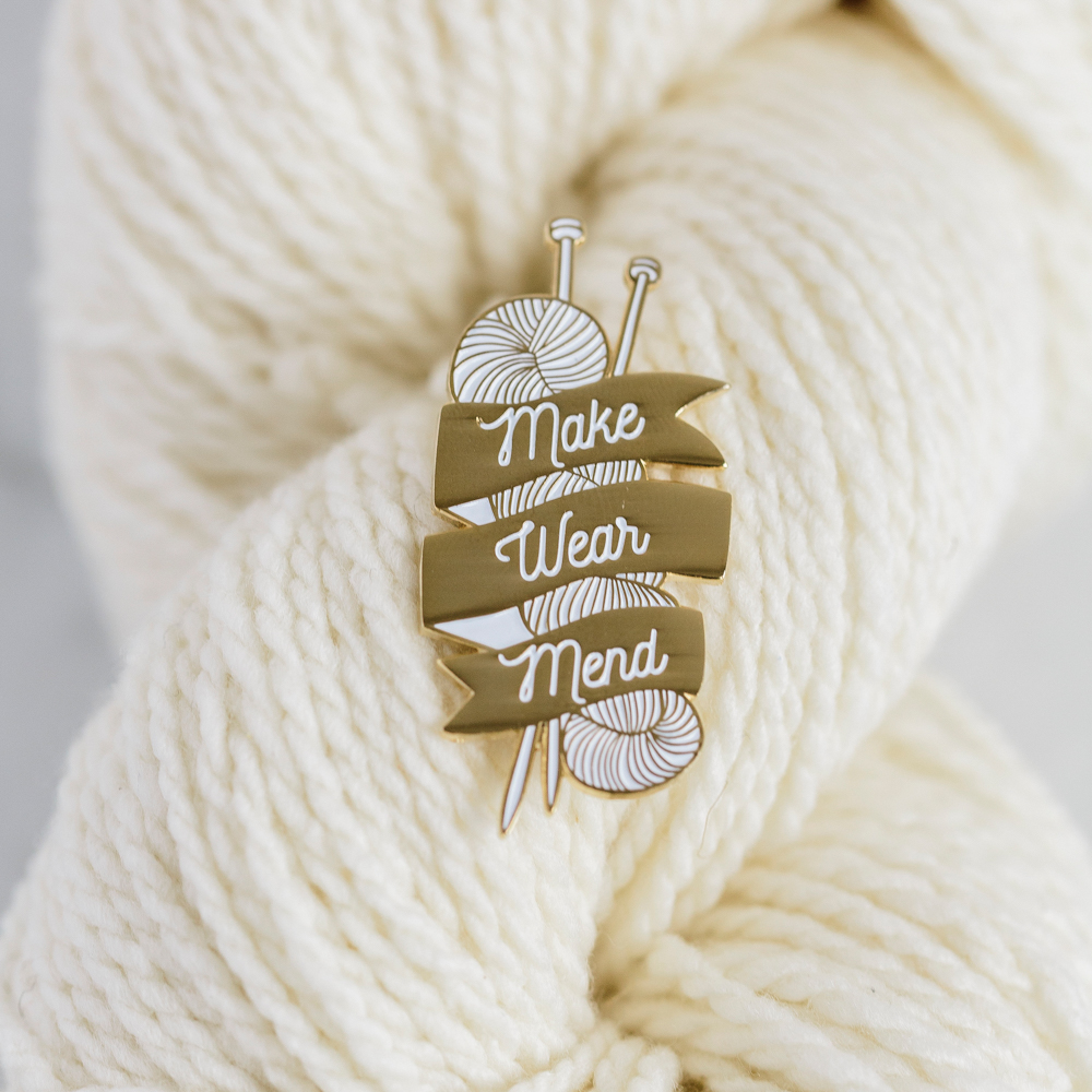 """K2TOG CLUB """"MAKE WEAR MEND"""" PIN - Twig and Horn"""