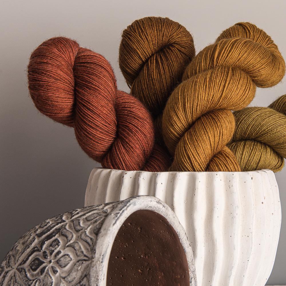 ISAURE - MERINO-NYLON FINGERING YARN - Woolissime Yarns