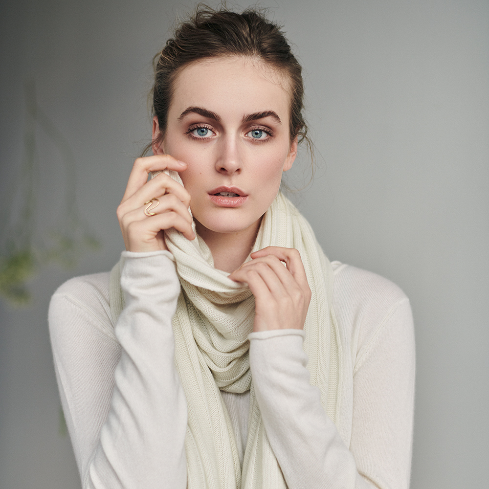 """""""HANNAH"""" CASHMERE SCARF - Care By Me"""
