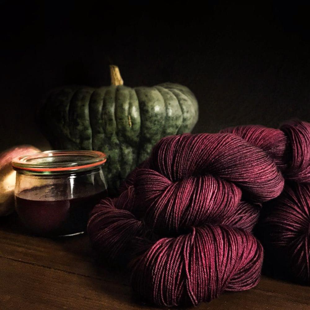 Merino Singles - Hand dyed yarn - Positive Ease