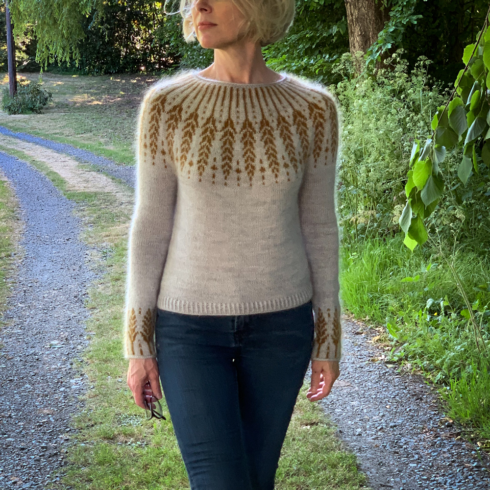SET DE FILS - PULL MEADOW MOON de JENNIFER STEINGASS - Woolissime Yarns