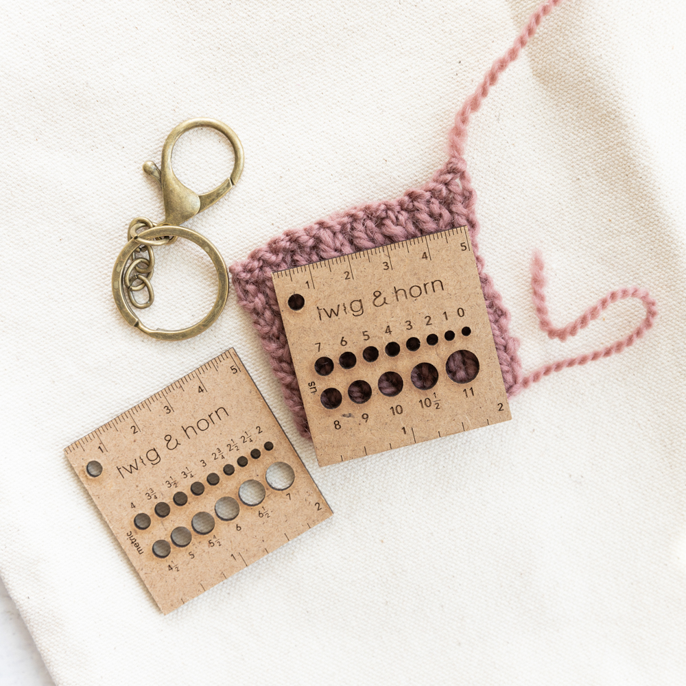 GAUGE RULER KEYCHAIN - Twig and Horn