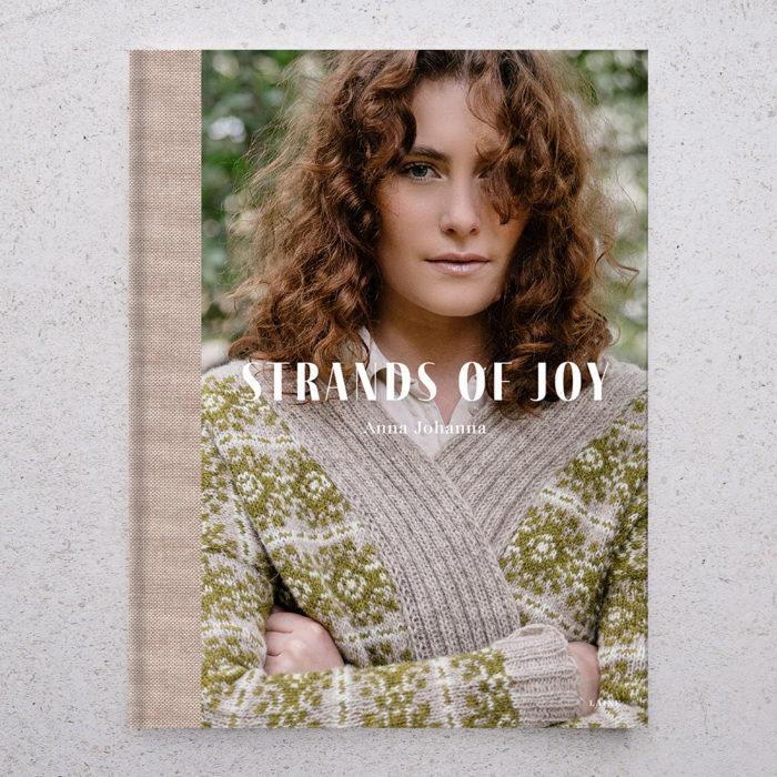 "LIVRE ""STRANDS OF JOY"" - LAINE MAGAZINE"