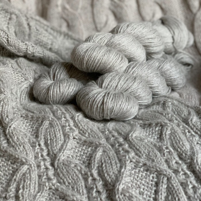 ROMY - NATURAL LIGHT GREY BABY ALPACA, SILK AND CASHMERE YARN - Woolissime Yarns