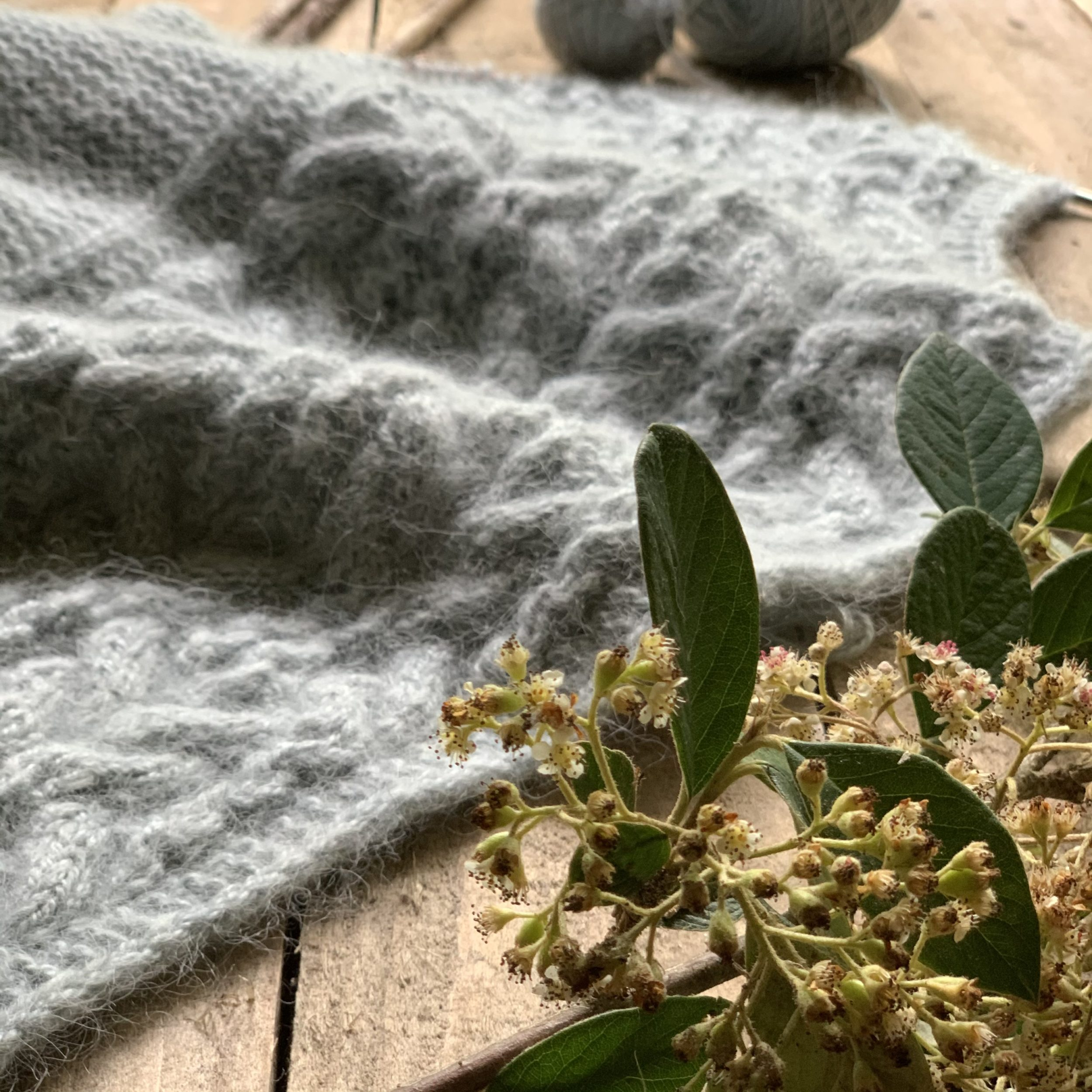 "YARN SET FOR ""LES ROCHES"" by Gretha Mensen - Woolissime Yarns"