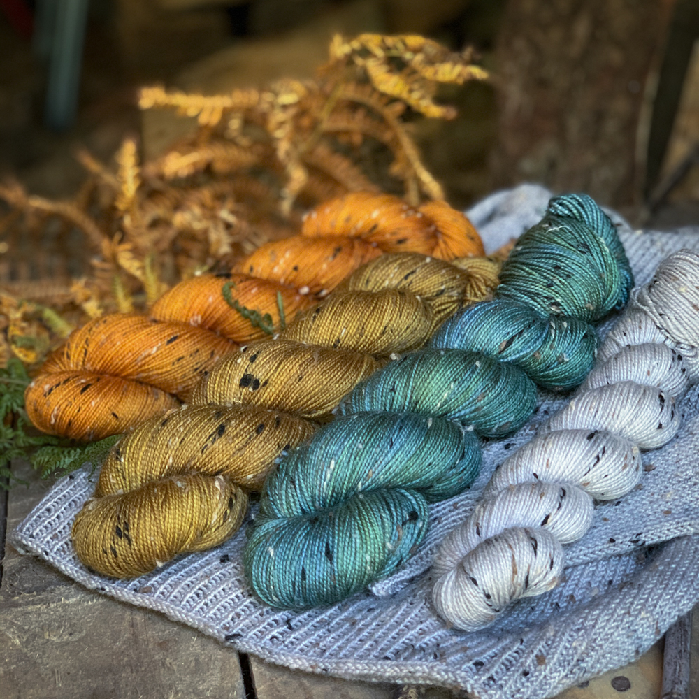 TWEED FINGERING - 85% MERINO- 15% DONEGAL NEP - Woolissime Yarns
